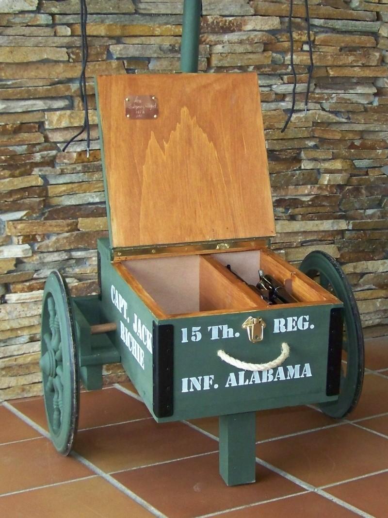 Gun cart Montgomery Depot 100_8348