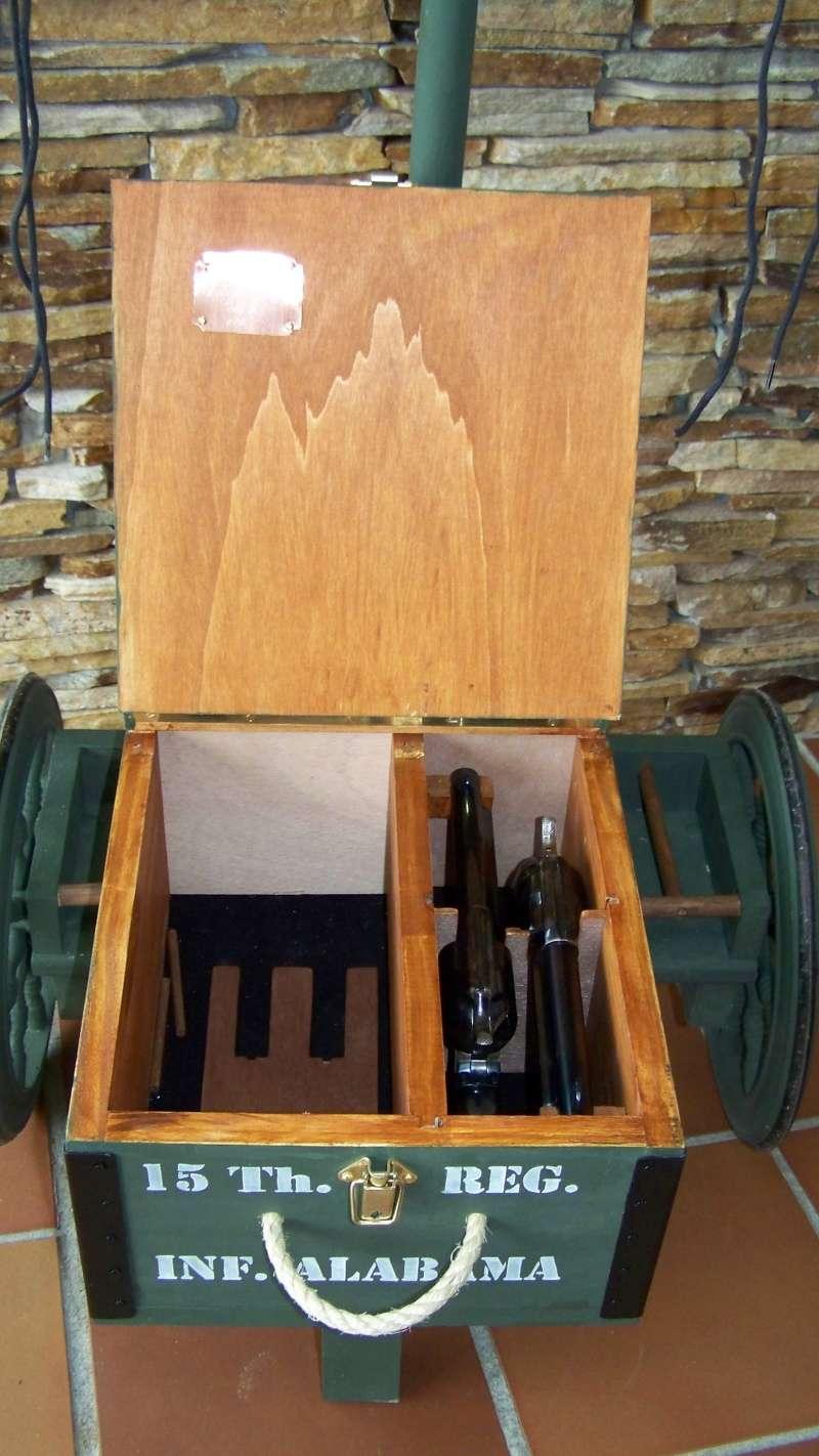 Gun cart Montgomery Depot 100_8349