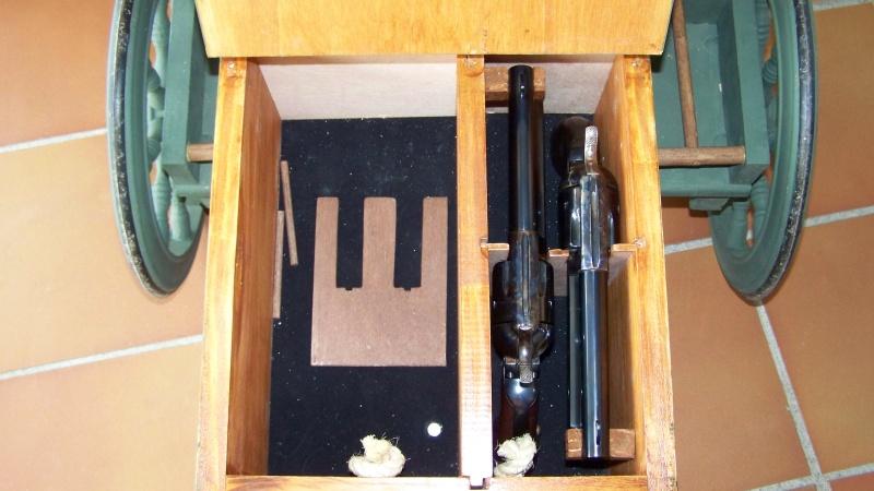 Gun cart Montgomery Depot 100_8350