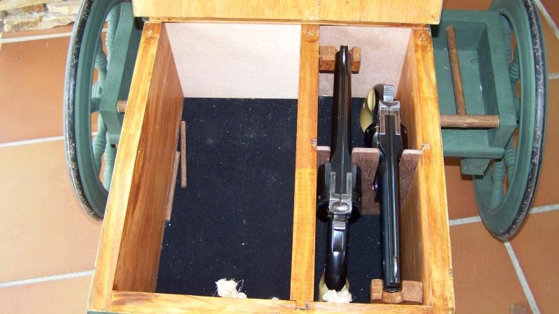 Gun cart Montgomery Depot 100_8352