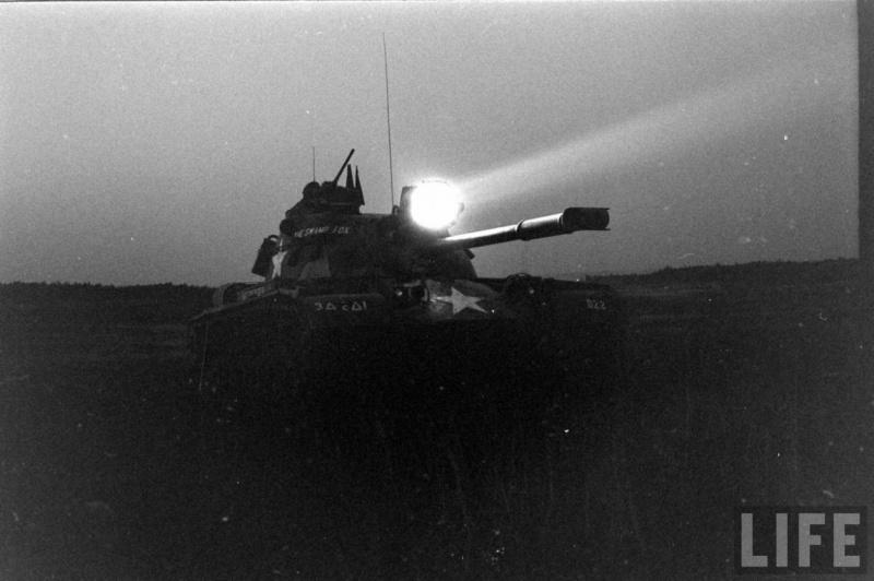 M48A3 Xenon Spotlight 14447910