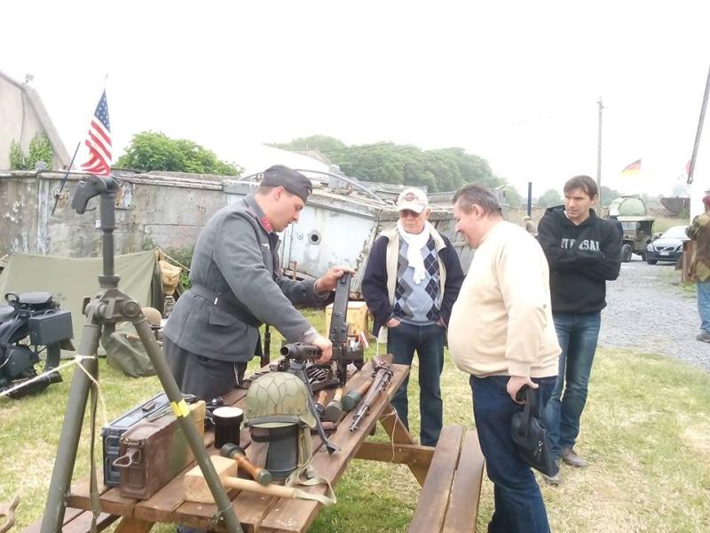 4>5 Juin 2016 - VIERVILLE SUR MER - commémorations du 72eme anniversaire du débarquement 13335710
