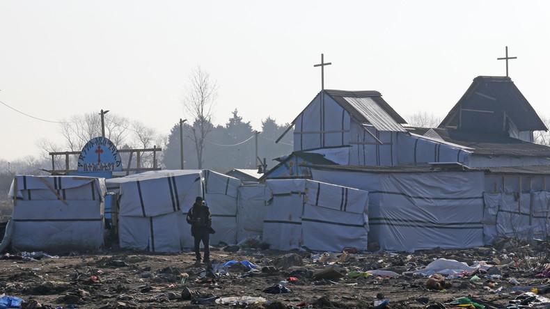 De nombreux réfugiés musulmans se convertissent au christianisme 57547f10