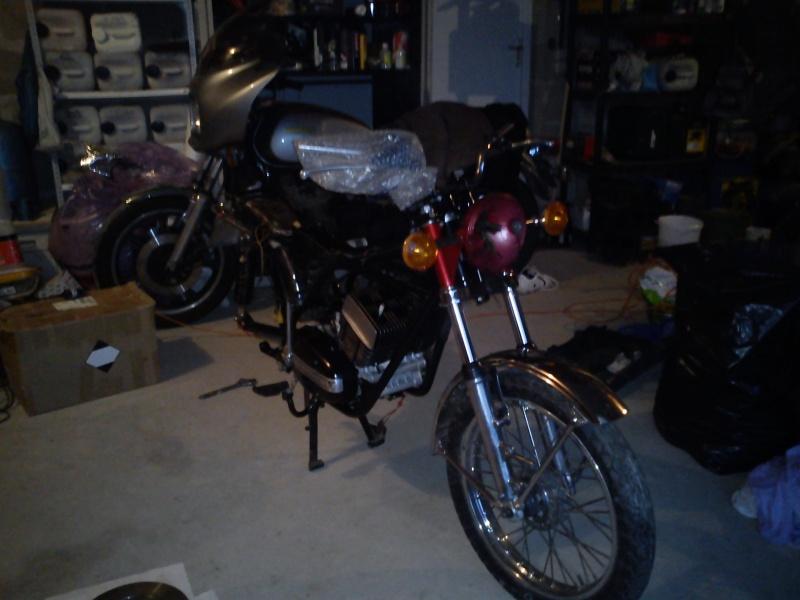 Photo de mon 350 a restaurer de TITIYAMRD Dsc00116