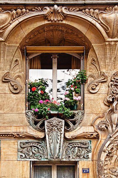 Des fenêtres d'hier et d'aujourd'hui. - Page 39 Fen_d310