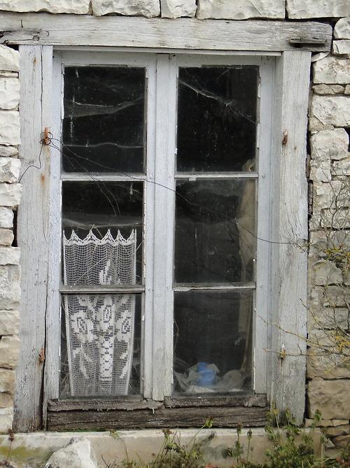 Des fenêtres d'hier et d'aujourd'hui. - Page 3 Fen_x10
