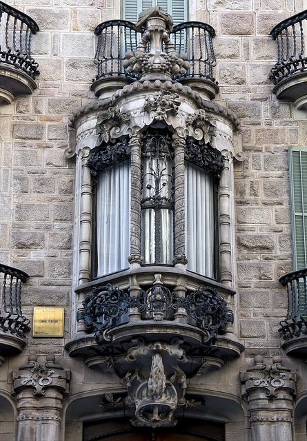 Des fenêtres d'hier et d'aujourd'hui. - Page 3 Fen_z12