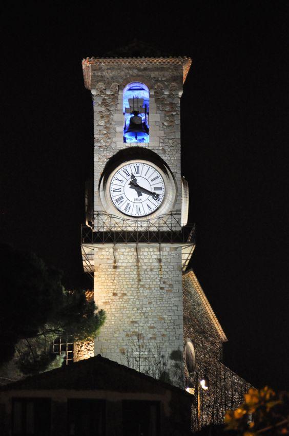 Reçu un beau diapo....Les horloges et pendules des rues..... - Page 25 Hor_ca10
