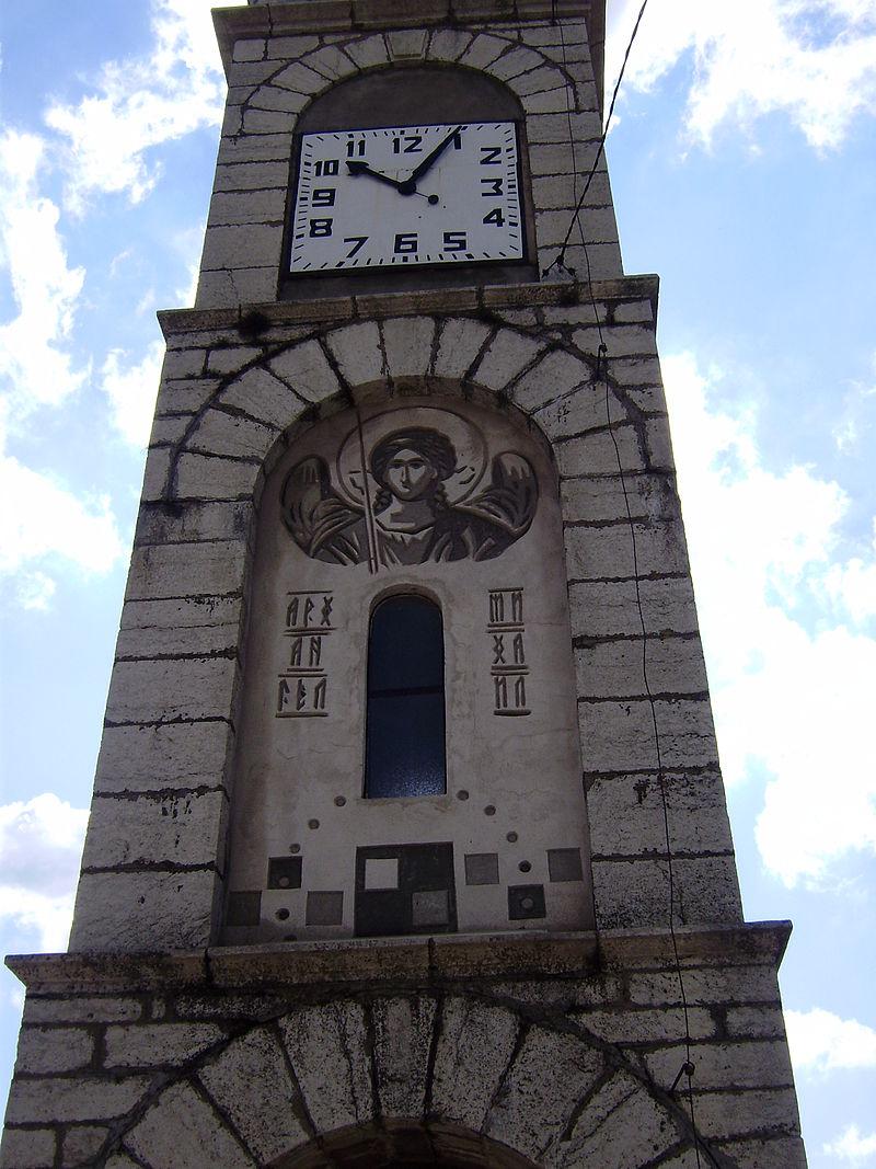 Reçu un beau diapo....Les horloges et pendules des rues..... - Page 24 Hor_ch10