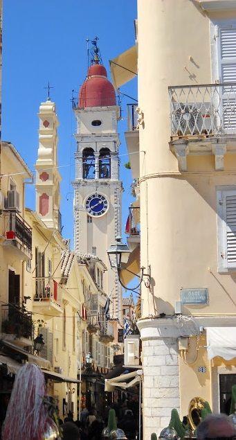 Reçu un beau diapo....Les horloges et pendules des rues..... - Page 23 Hor_co10