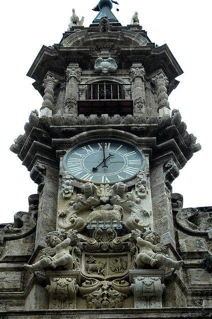 Reçu un beau diapo....Les horloges et pendules des rues..... - Page 23 Hor_va10