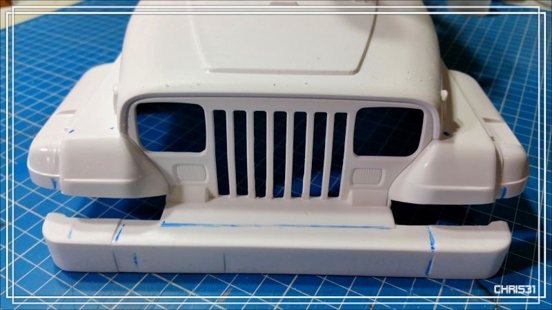 [Axial SCX10] Chris Customs. Jeep BRUTE YJ 1987 2016-014