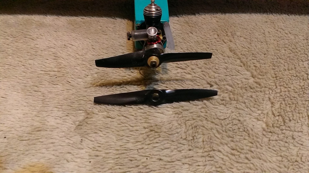 Cox .01 /.02 /.05 /.09 /.15 Speed Planes  - Page 2 Imag2713