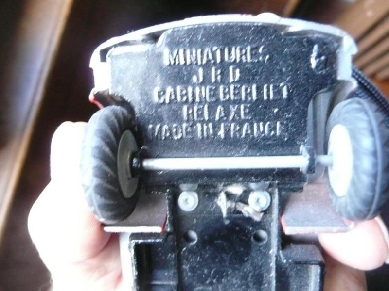 "J.R.D. Ref.: 131 - Benne à Ordures ""Genève"" Cabine Relaxe (Berliet GAK) P1170412"