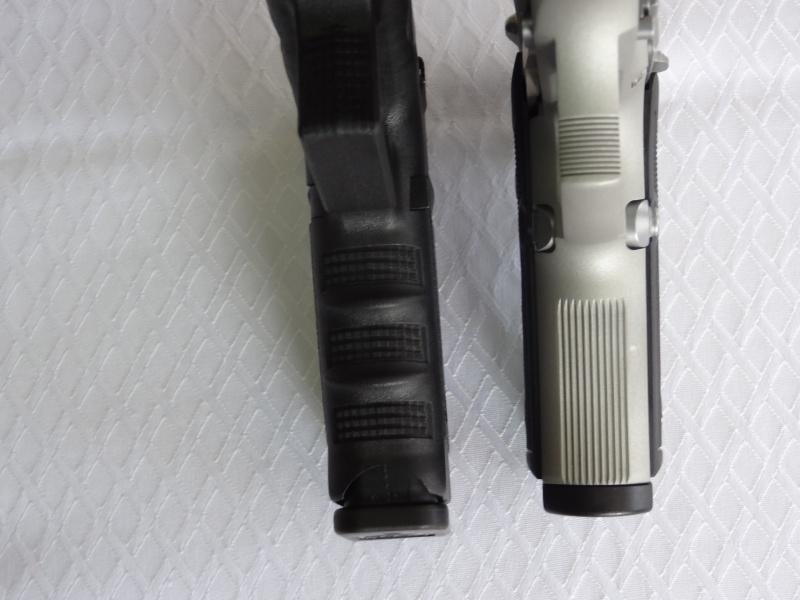 """Side by Side: Beretta """"92FS Inox"""" vs Glock """"G22 gen 3""""  21-for10"""
