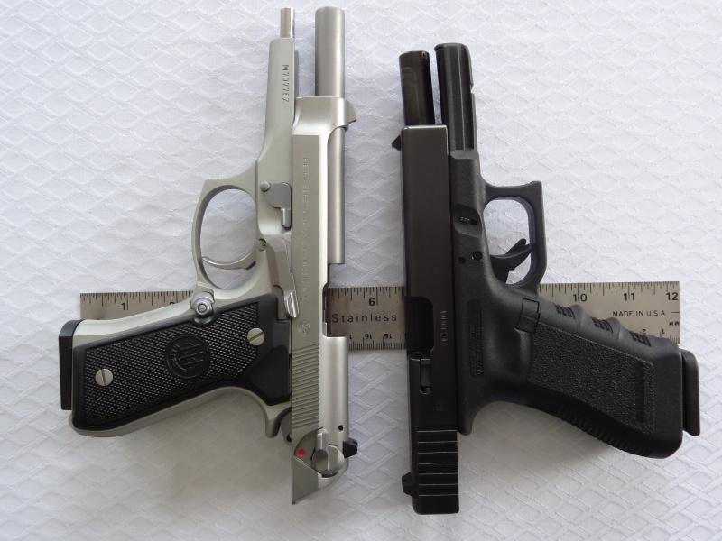 """Side by Side: Beretta """"92FS Inox"""" vs Glock """"G22 gen 3""""  24-gri10"""