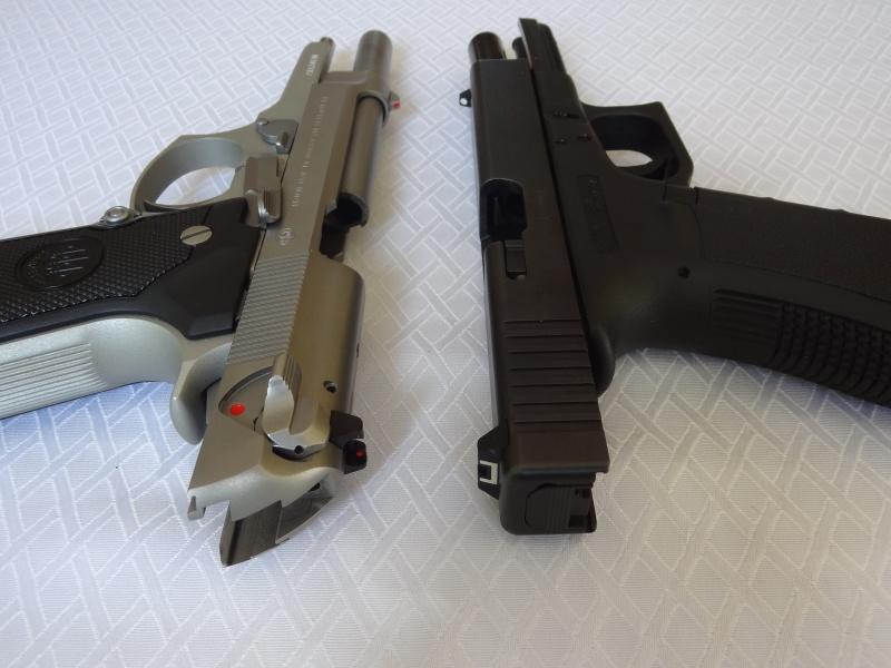 """Side by Side: Beretta """"92FS Inox"""" vs Glock """"G22 gen 3""""  7-flat10"""
