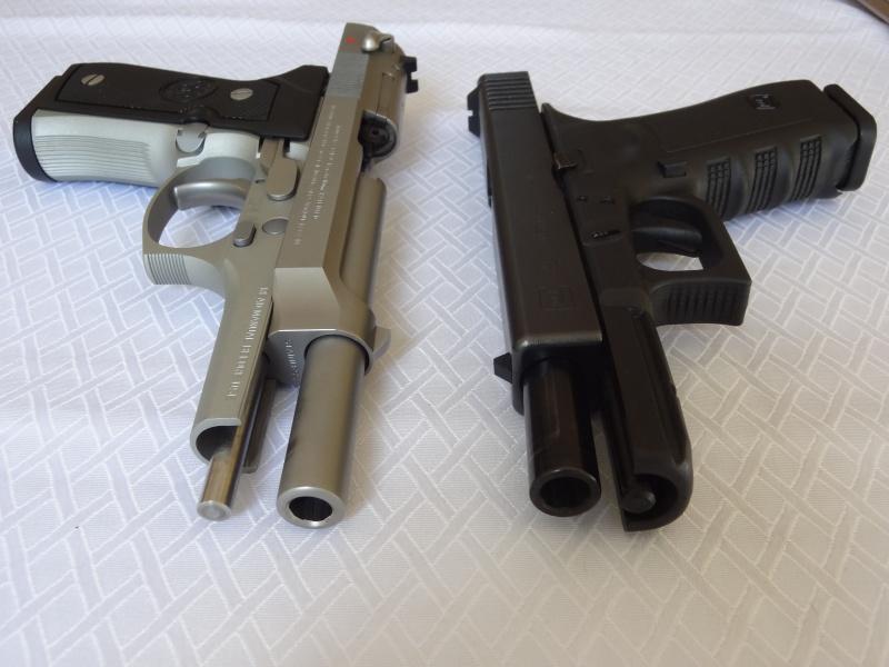 """Side by Side: Beretta """"92FS Inox"""" vs Glock """"G22 gen 3""""  8-flat10"""