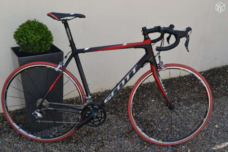 Vend Vélo route SCOTT CARBONE CR1 T56 parfait état 3eb11410