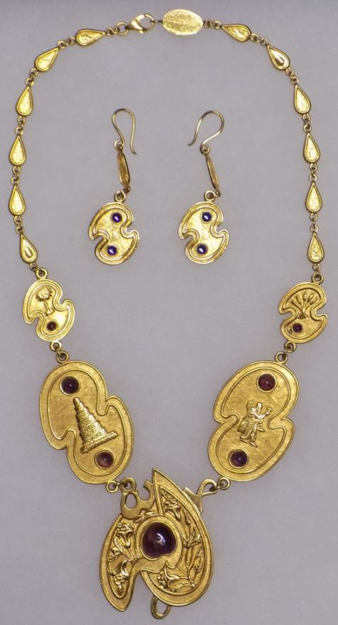 Necklace, Bracelet and Earrings for gold donation Neckla10