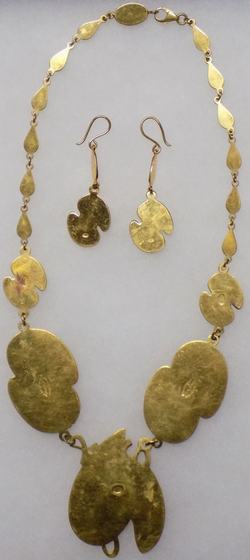 Necklace, Bracelet and Earrings for gold donation Neckla11