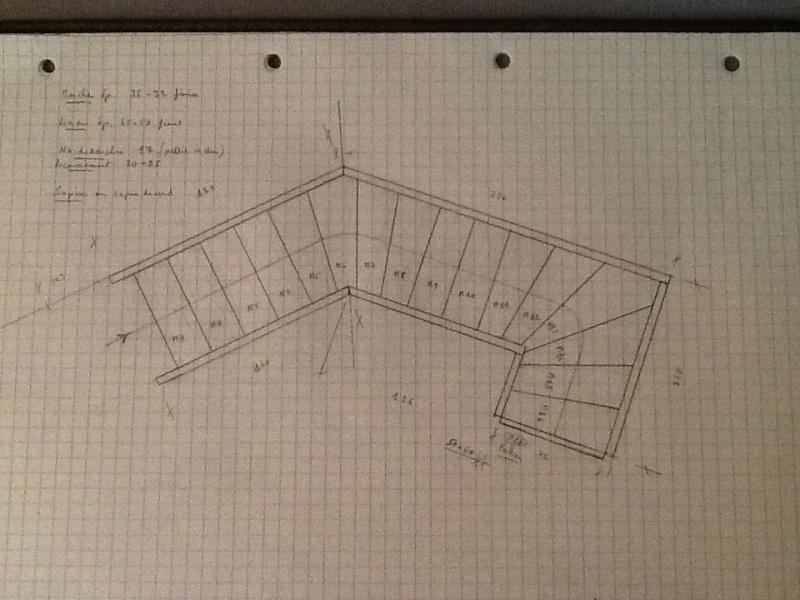 Escalier provisoire devenu définitif en pin sylvestre, à double balancements Image12