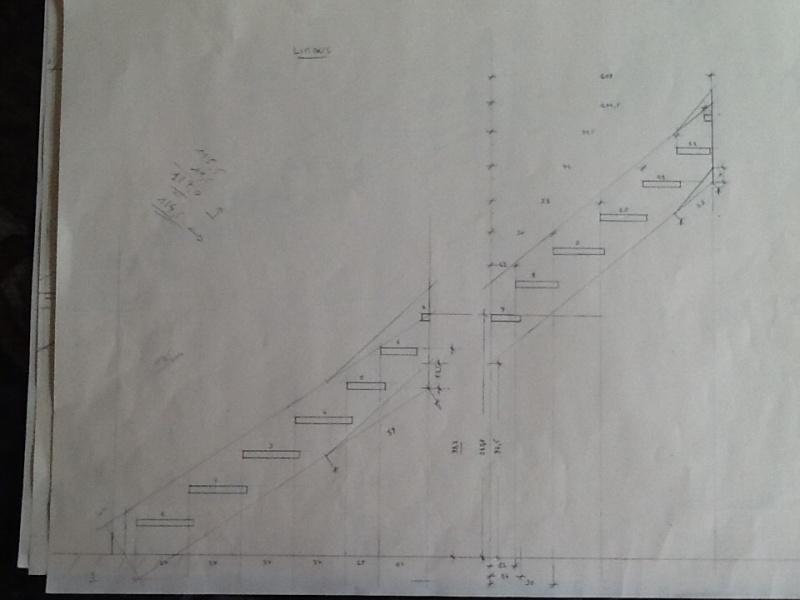 Escalier provisoire devenu définitif en pin sylvestre, à double balancements Image19