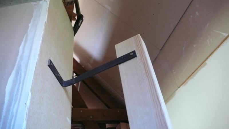 Escalier provisoire devenu définitif en pin sylvestre, à double balancements - Page 3 Image22