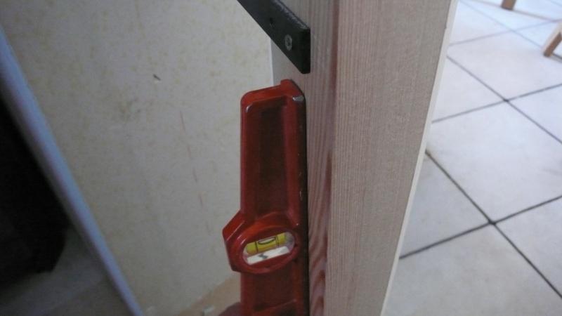Escalier provisoire devenu définitif en pin sylvestre, à double balancements - Page 3 Image24