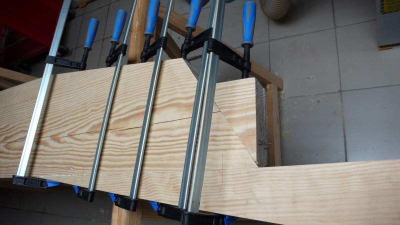 Escalier provisoire devenu définitif en pin sylvestre, à double balancements - Page 3 Image28