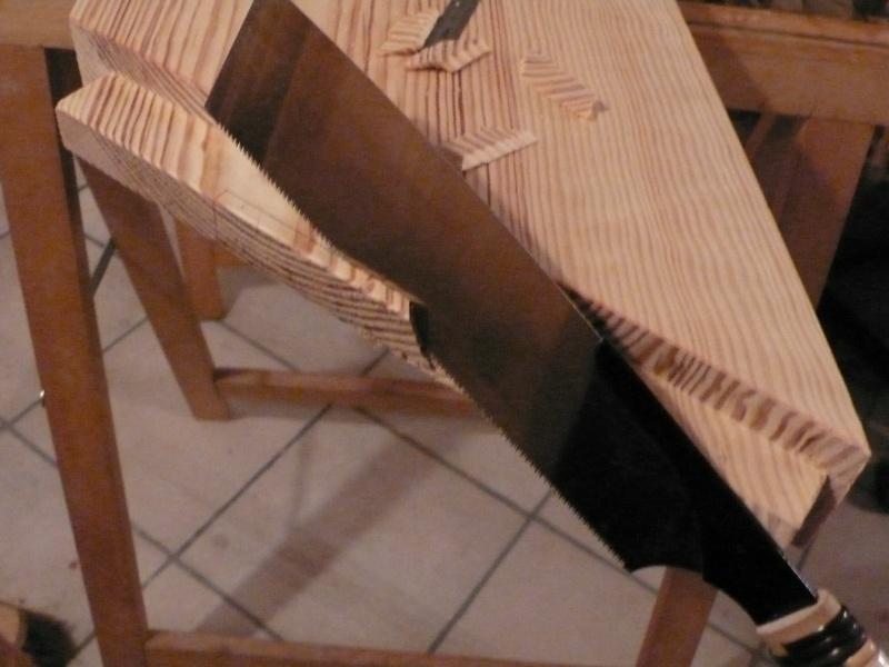 Escalier provisoire devenu définitif en pin sylvestre, à double balancements - Page 3 Image39