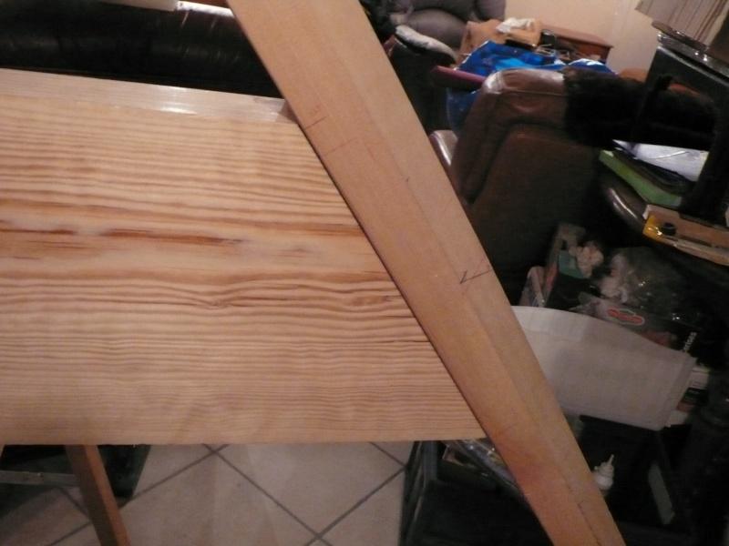 Escalier provisoire devenu définitif en pin sylvestre, à double balancements - Page 3 Image41