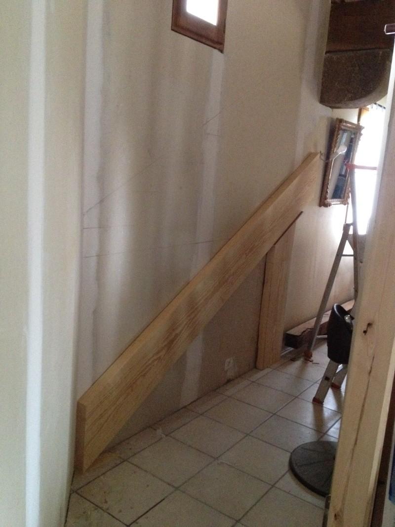 Escalier provisoire devenu définitif en pin sylvestre, à double balancements Img_0815