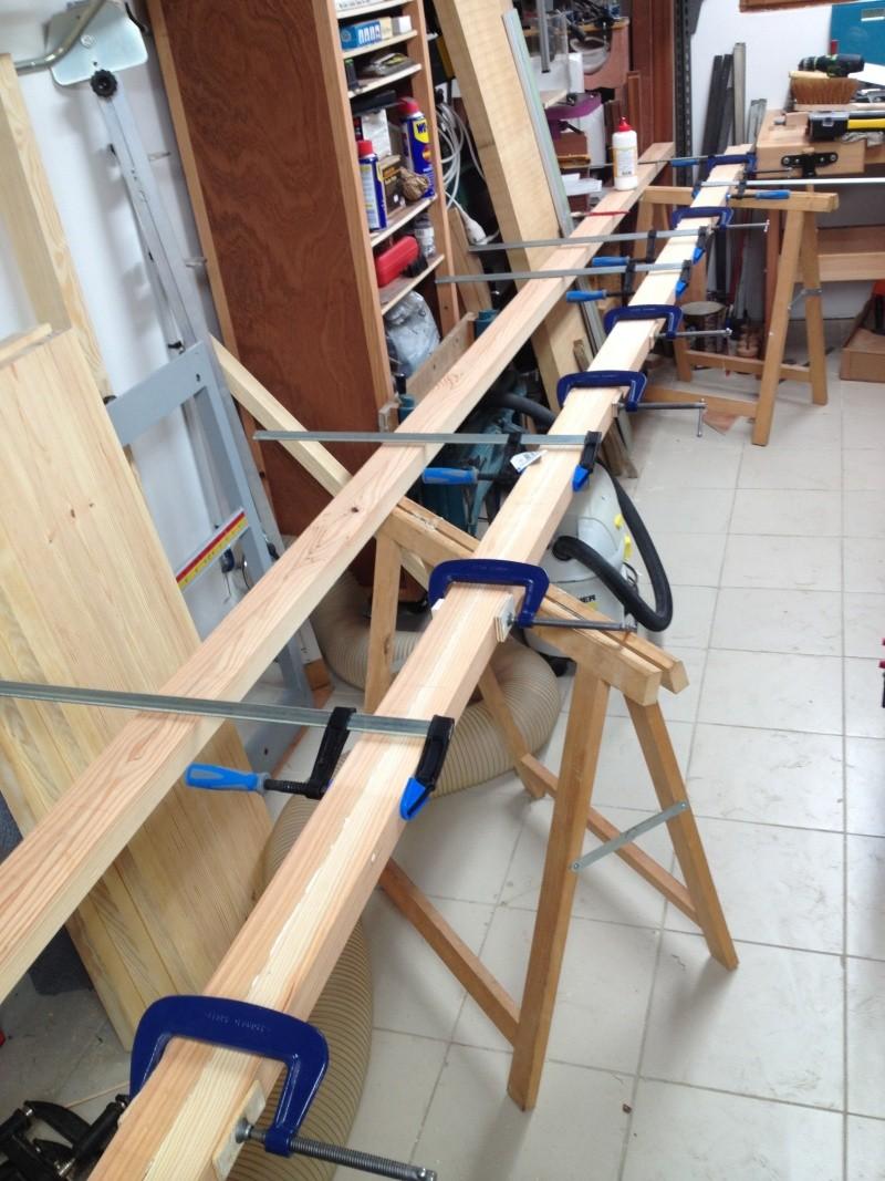 Escalier provisoire devenu définitif en pin sylvestre, à double balancements - Page 2 Img_0825