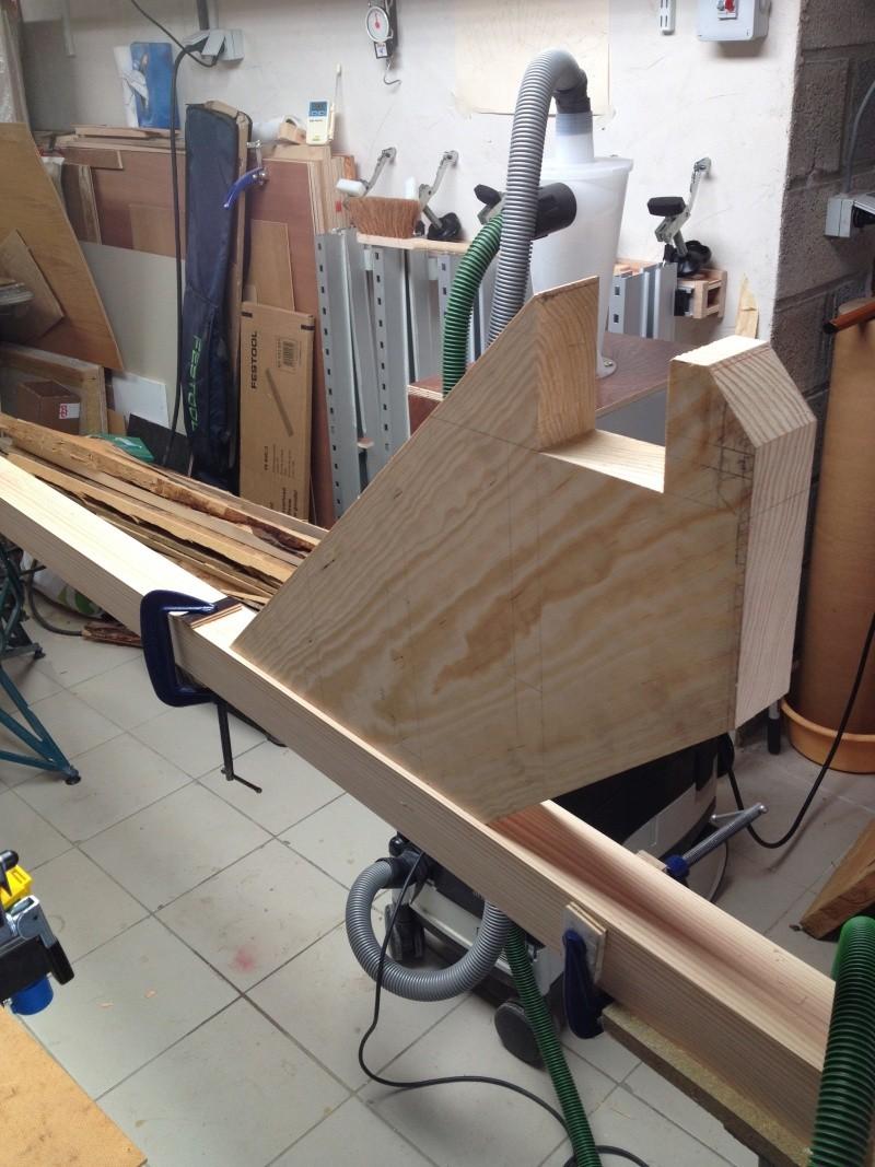 Escalier provisoire devenu définitif en pin sylvestre, à double balancements - Page 2 Img_0827