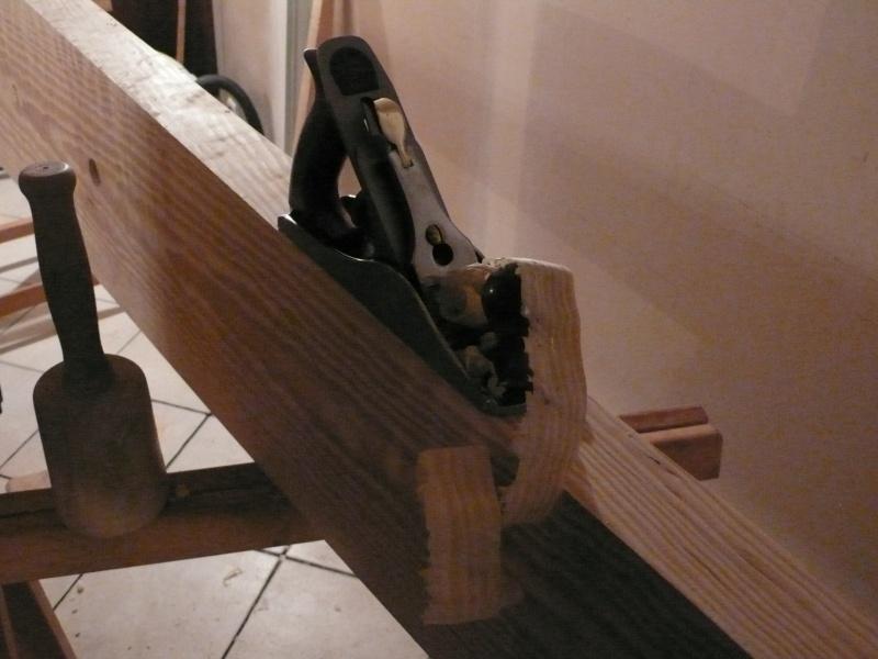Escalier provisoire devenu définitif en pin sylvestre, à double balancements L1040514
