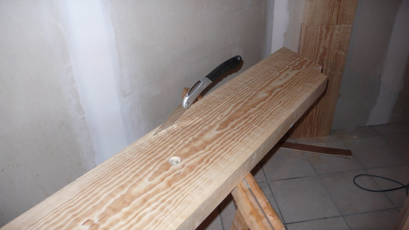 Escalier provisoire devenu définitif en pin sylvestre, à double balancements L1040515