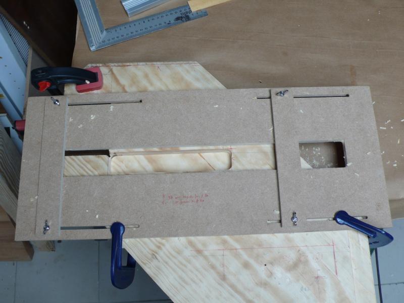 Escalier provisoire devenu définitif en pin sylvestre, à double balancements - Page 2 L1040535