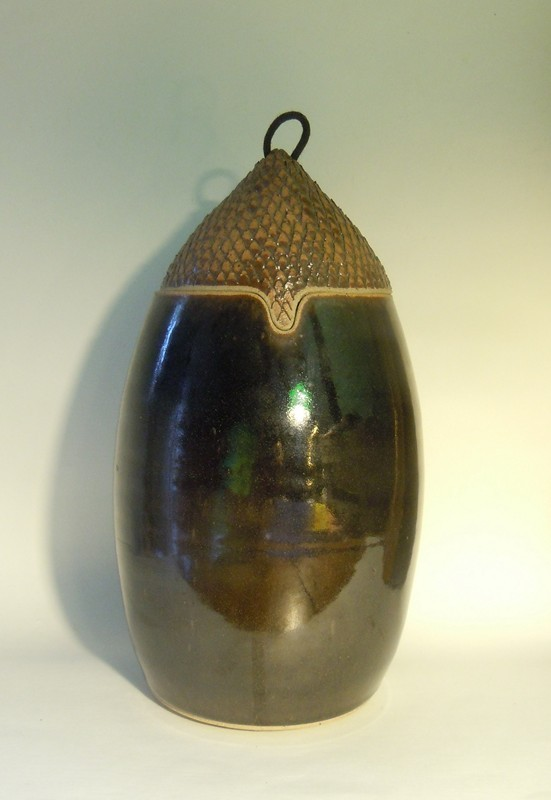 Stoneware box shaped Acorn Oak signed Dscn8812