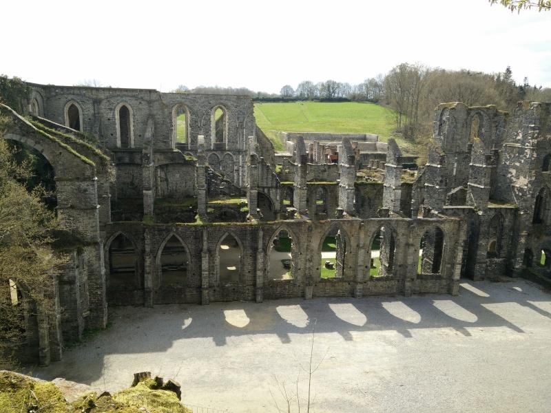Balade dans l'Abbaye de Villers-La-Ville  Img_2029