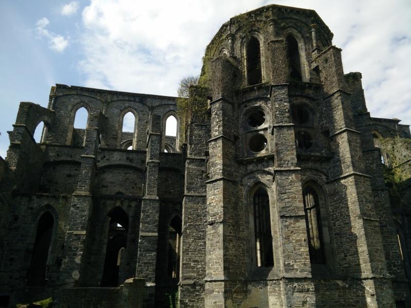 Balade dans l'Abbaye de Villers-La-Ville  Img_2030