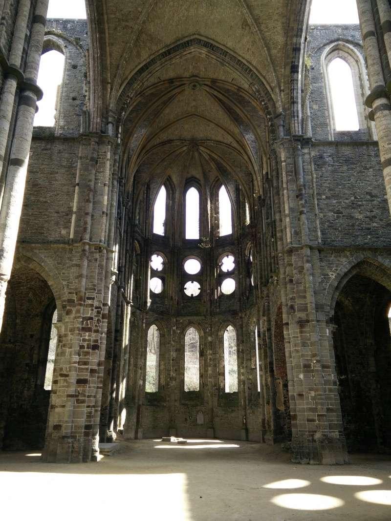 Balade dans l'Abbaye de Villers-La-Ville  Img_2035