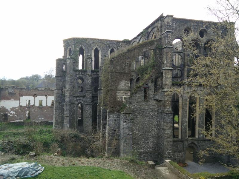 Balade dans l'Abbaye de Villers-La-Ville  Img_2036