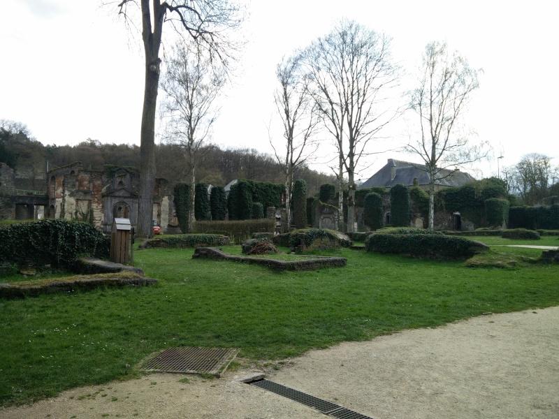 Balade dans l'Abbaye de Villers-La-Ville  Img_2046
