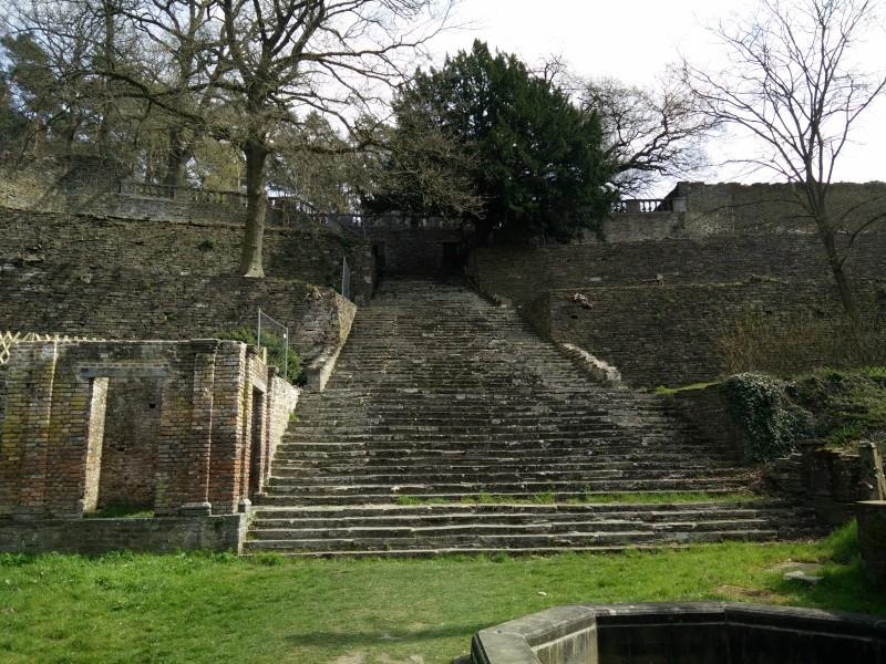 Balade dans l'Abbaye de Villers-La-Ville  Img_2051