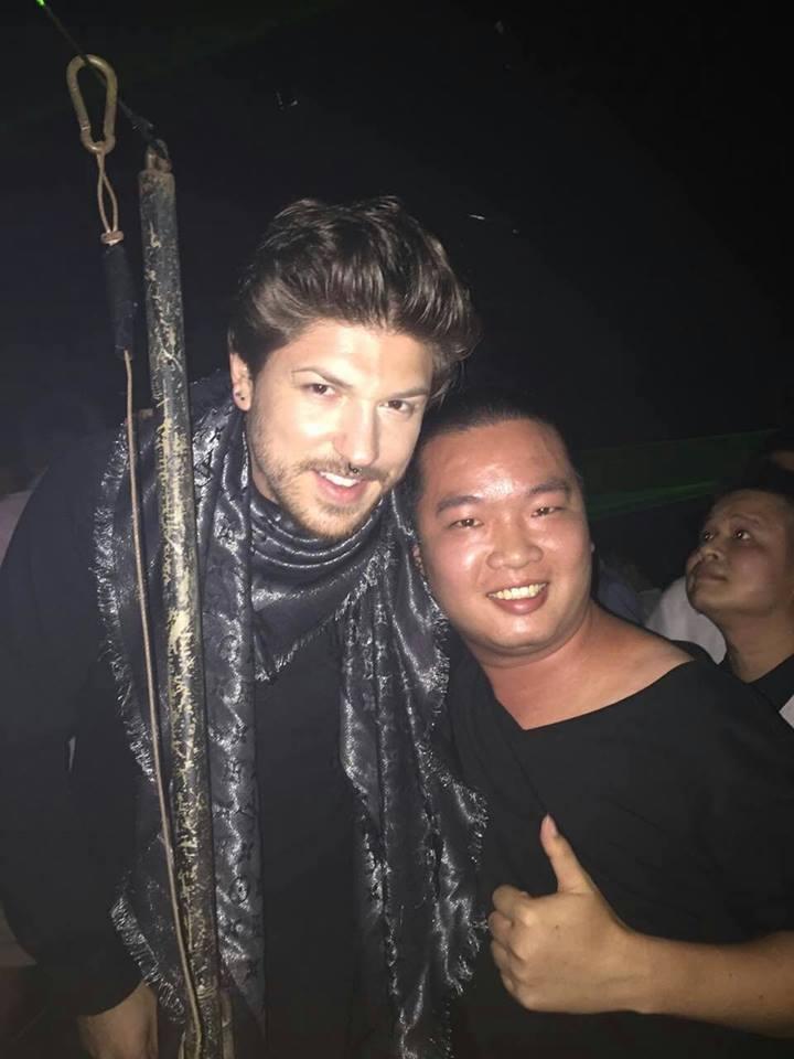 [04/06/2016]  Face Club - Shenzhen - China 13335710