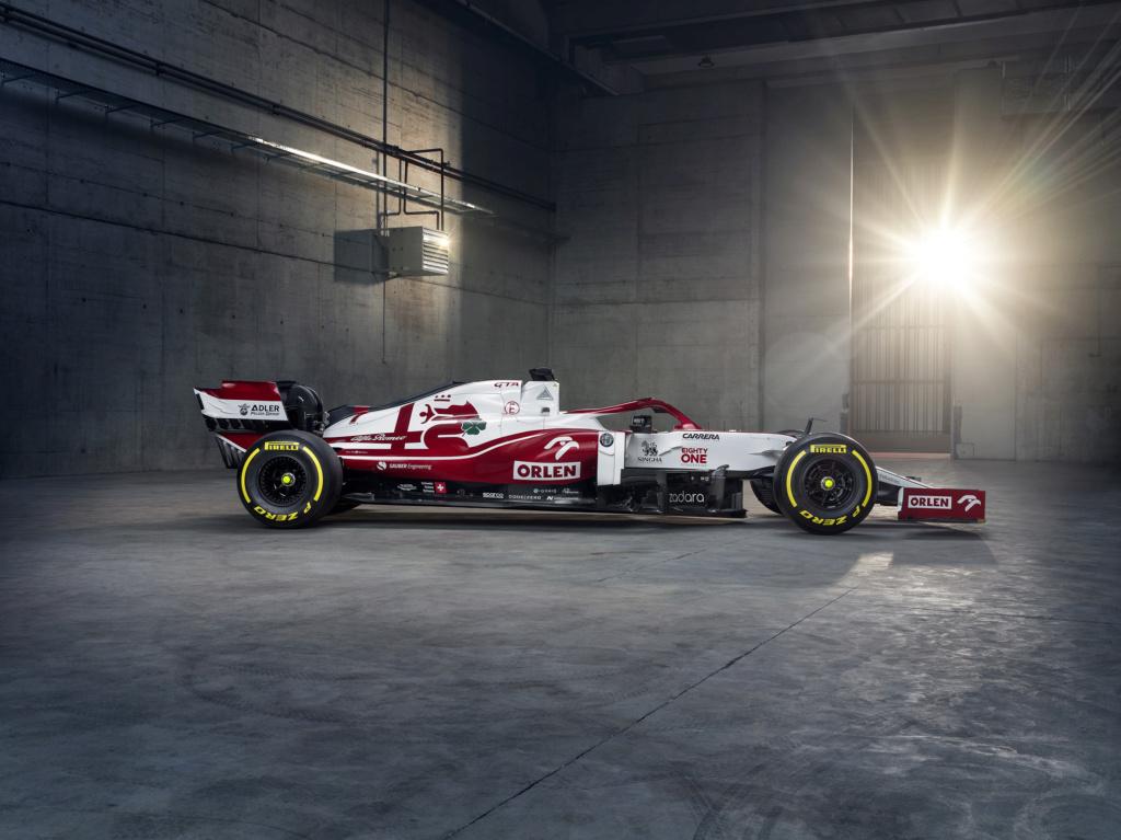 Formula 1 World Championship #F1 - Page 34 Eu0xnx11