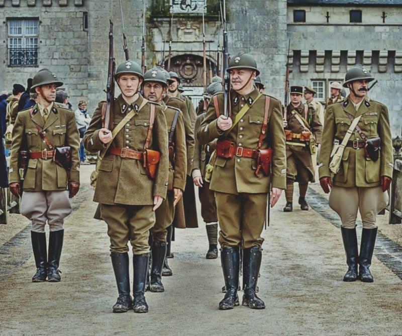 LA GENDARMERIE PERIODE 1939 SULLY SUR LOIRE  Devant11