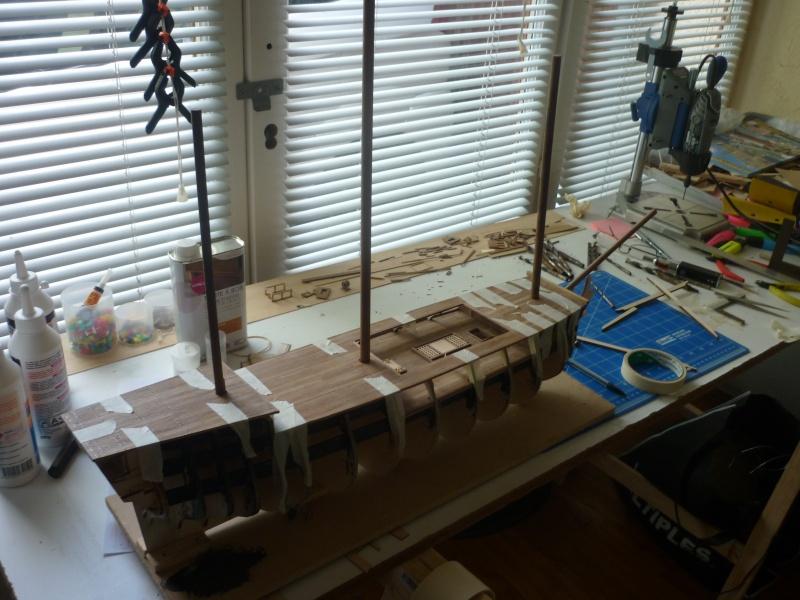 Le HMS Victory de Constructo au 1/94  P1030121