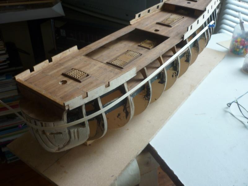 Le HMS Victory de Constructo au 1/94  P1030215